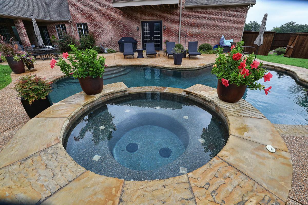 Gunite Pools Photo